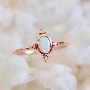 Opal fashion jewelry ring